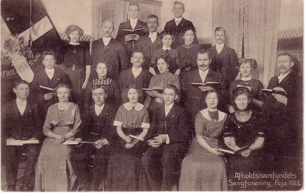 Afholdssamfundets sangforening 1912. Blev indviet den 18. august 1907 af biskop Ammundsen ved en lille højtidelighed