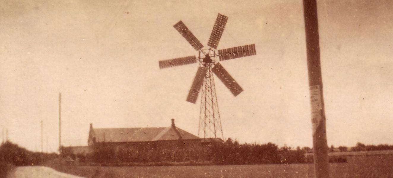Elværkets vindmølle ca. 1930