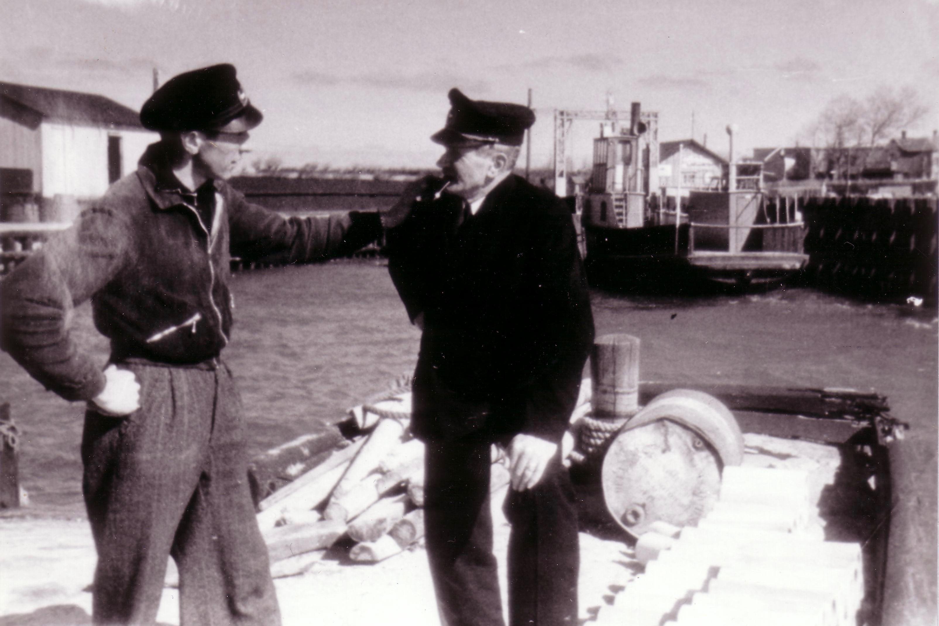 Færgemænd ved Vester - Vagn Larsen og faderen Anton Larsen